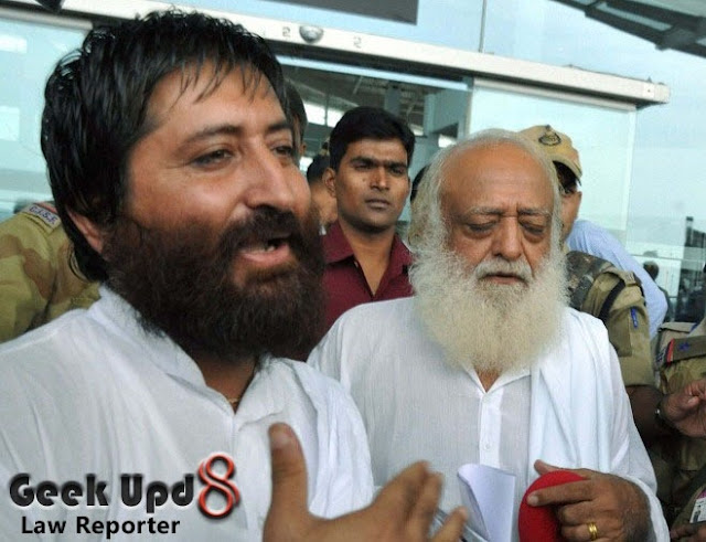 Asaram Bapu arrested for Rape with Minor girl from Indore ashram, Will be taken to Jodhpur via Delhi by Police