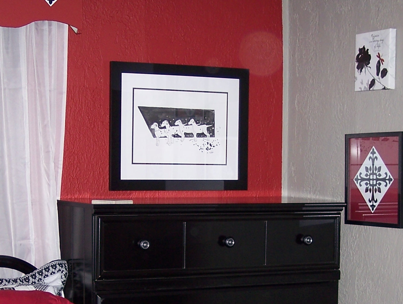 Stone Cottage Adventures: Black & White & Red All Over Wall Decor