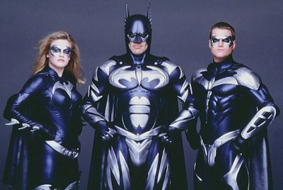 Batman (Joel Schumacher) con Batichica y Robbie