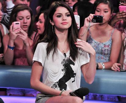 Selena Gomez Cute Pics on Selena Gomez Cute Pics Jpg