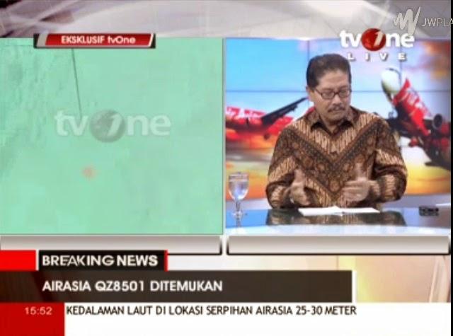 Tv one sedang memberitakan pesawat air asia qz 8501 ditemukan