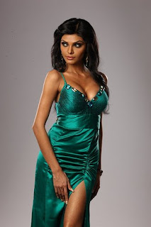 Sherlyn Chopra Bollywood hot and sexy photo gallery