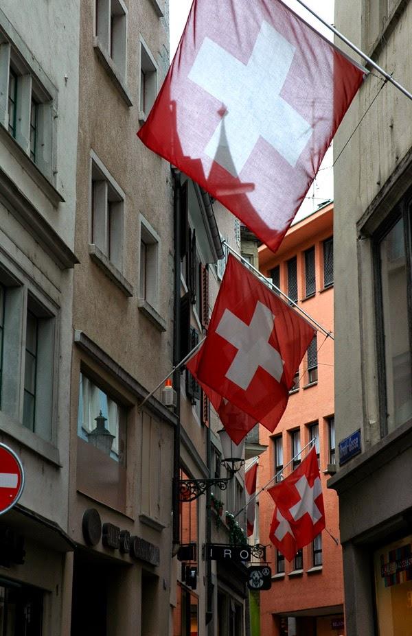Fahne Schweiz Zürich Flagge Kreuz Stadt