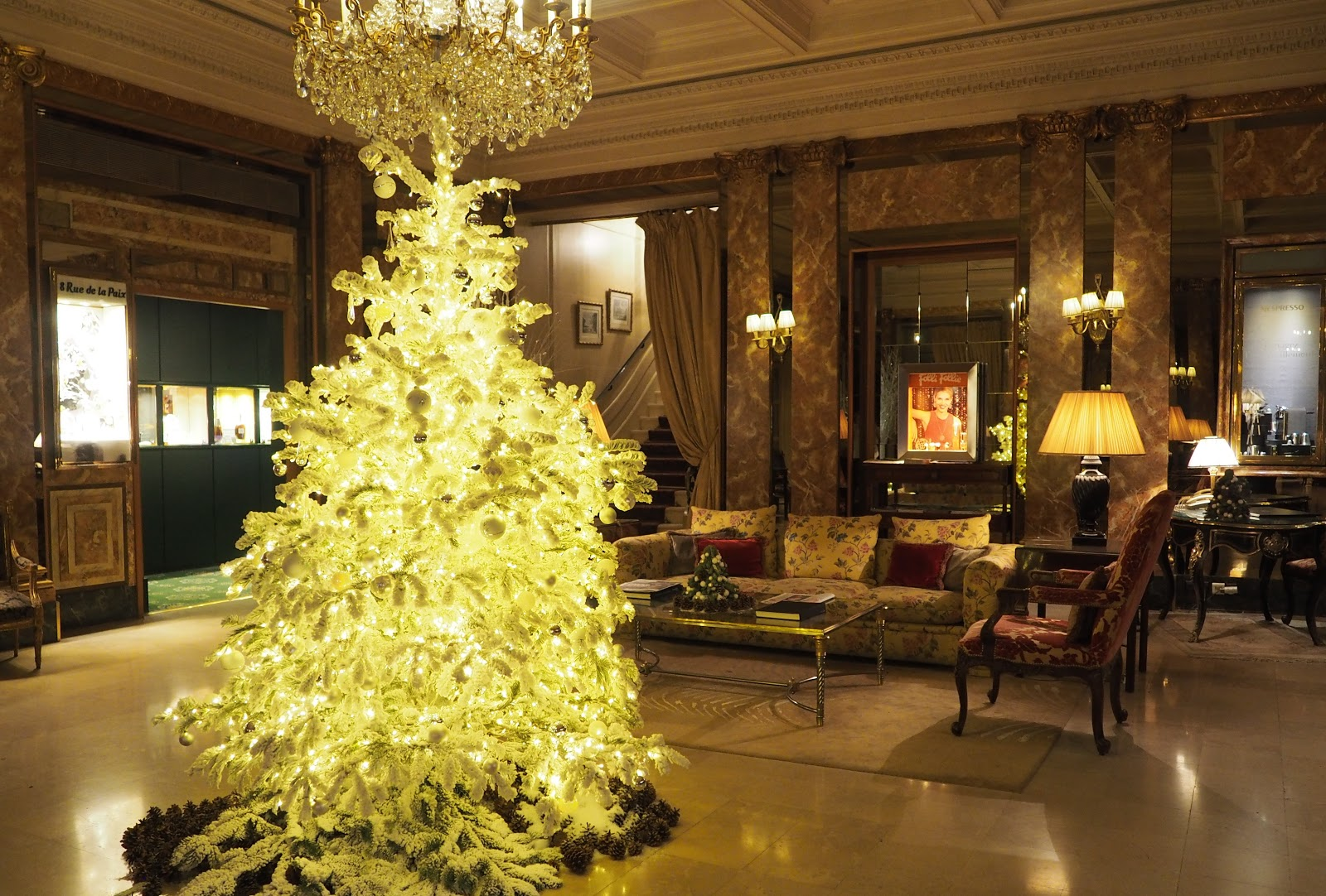 christmas tree in lobby of hotel westminster, paris