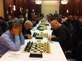 Polo Breitner contre Edwin Bhend au tournoi d'échecs de Bâle en 2014