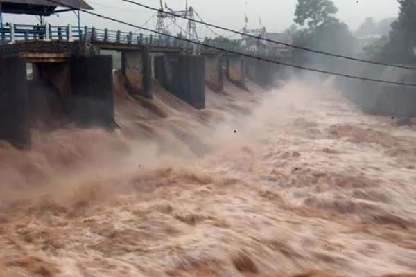 BNPB Imbau Warga Jakarta Tetap Waspada