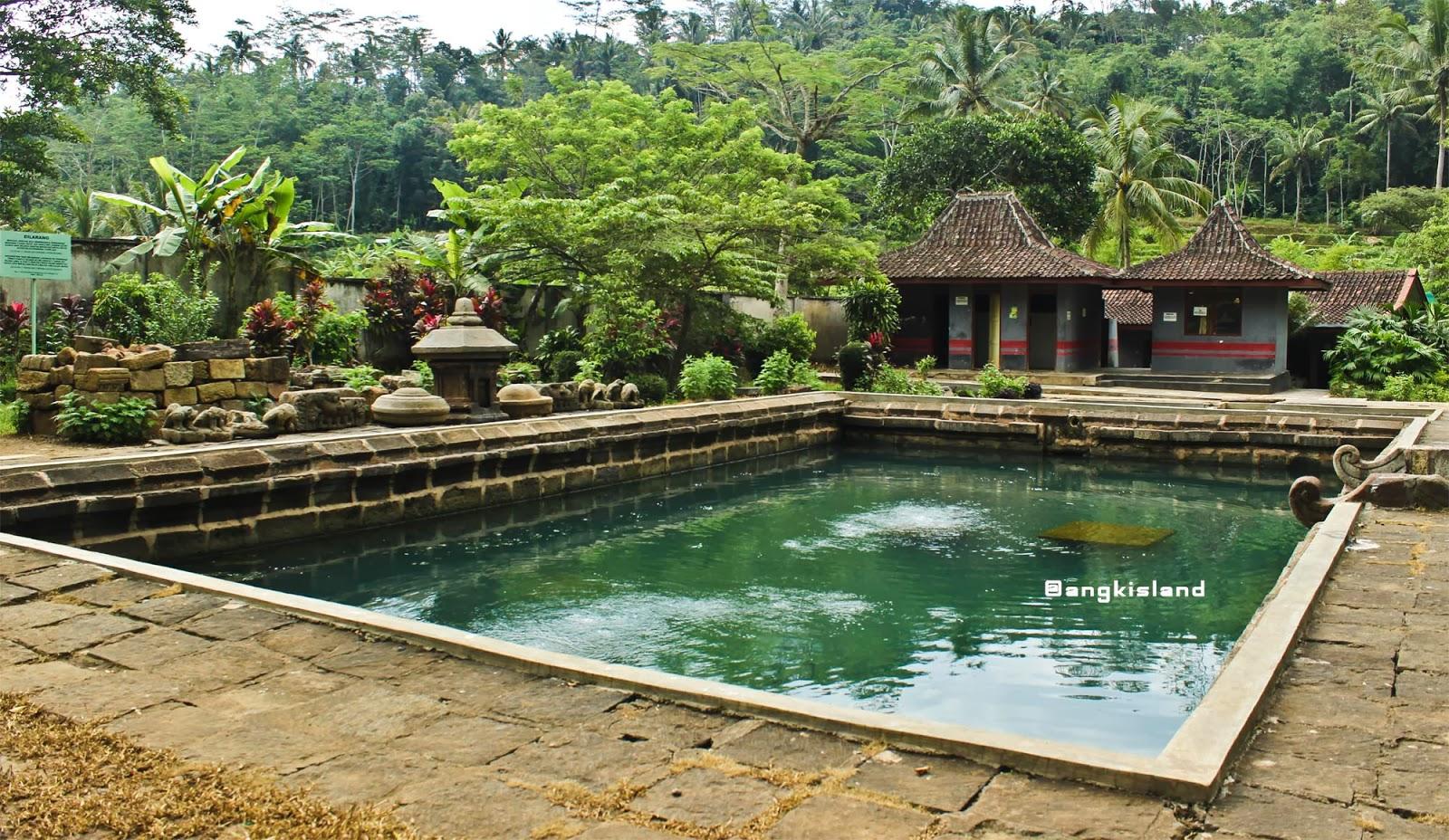 kolam candi umbul