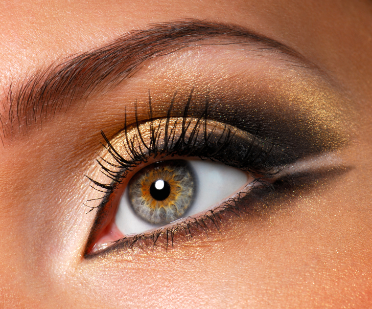 makeup for hazel green eyes. house dark smokey eye makeup.
