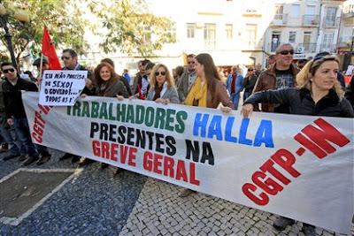 Greve geral – Lisboa: MANIFESTANTES ENCHEM RUA DO CARMO