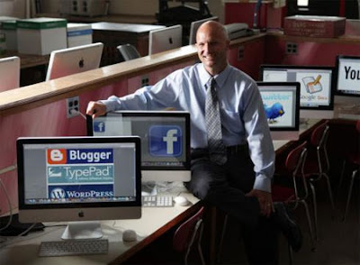 Social media find place in classroom.