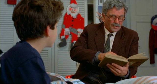 Peter Falk reading to Fred Savage © 1987 Twentieth Century Fox