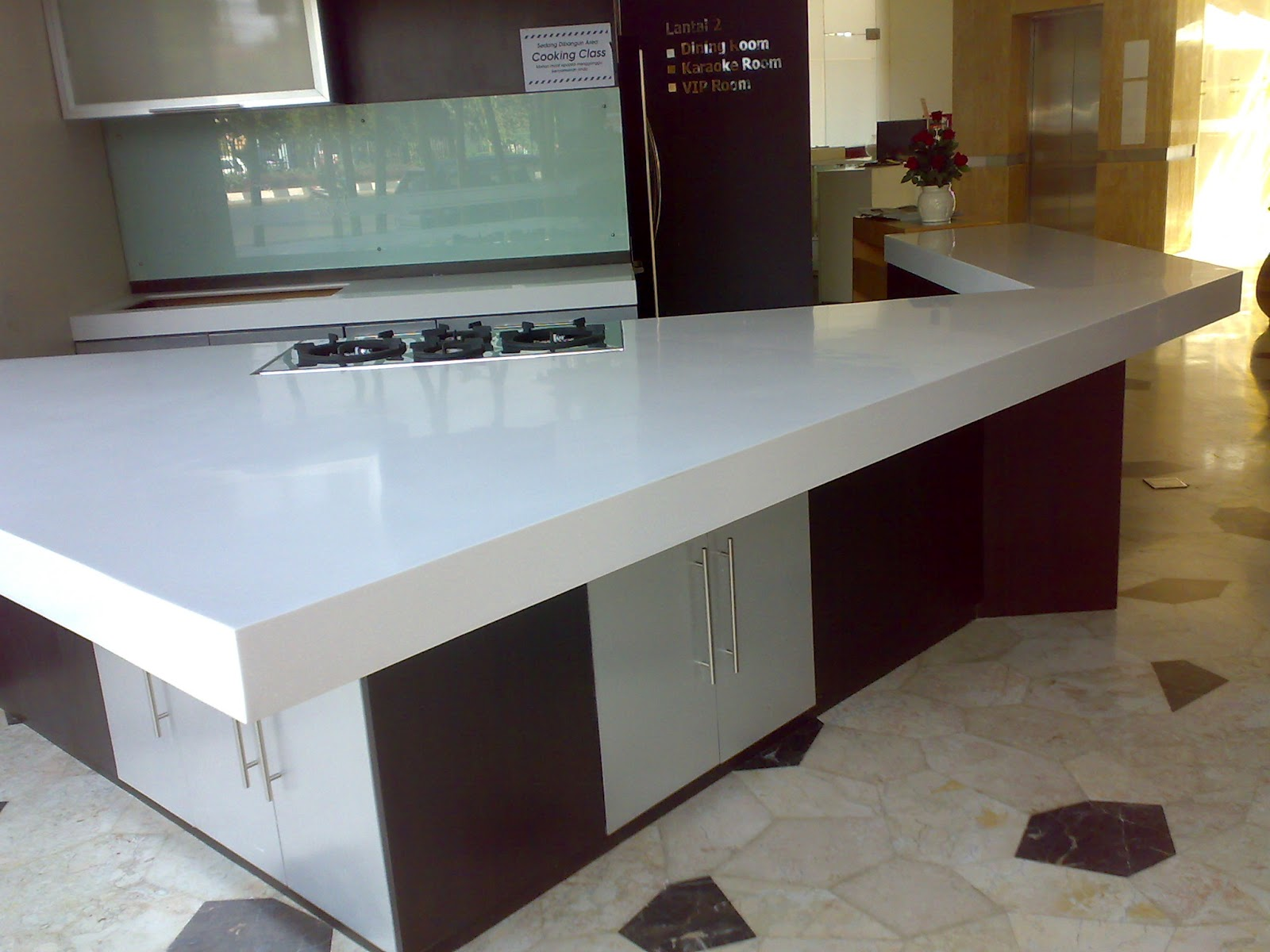 Alasan kitchen set harus menggunakan batu granit sintetis for Harga granit untuk kitchen set
