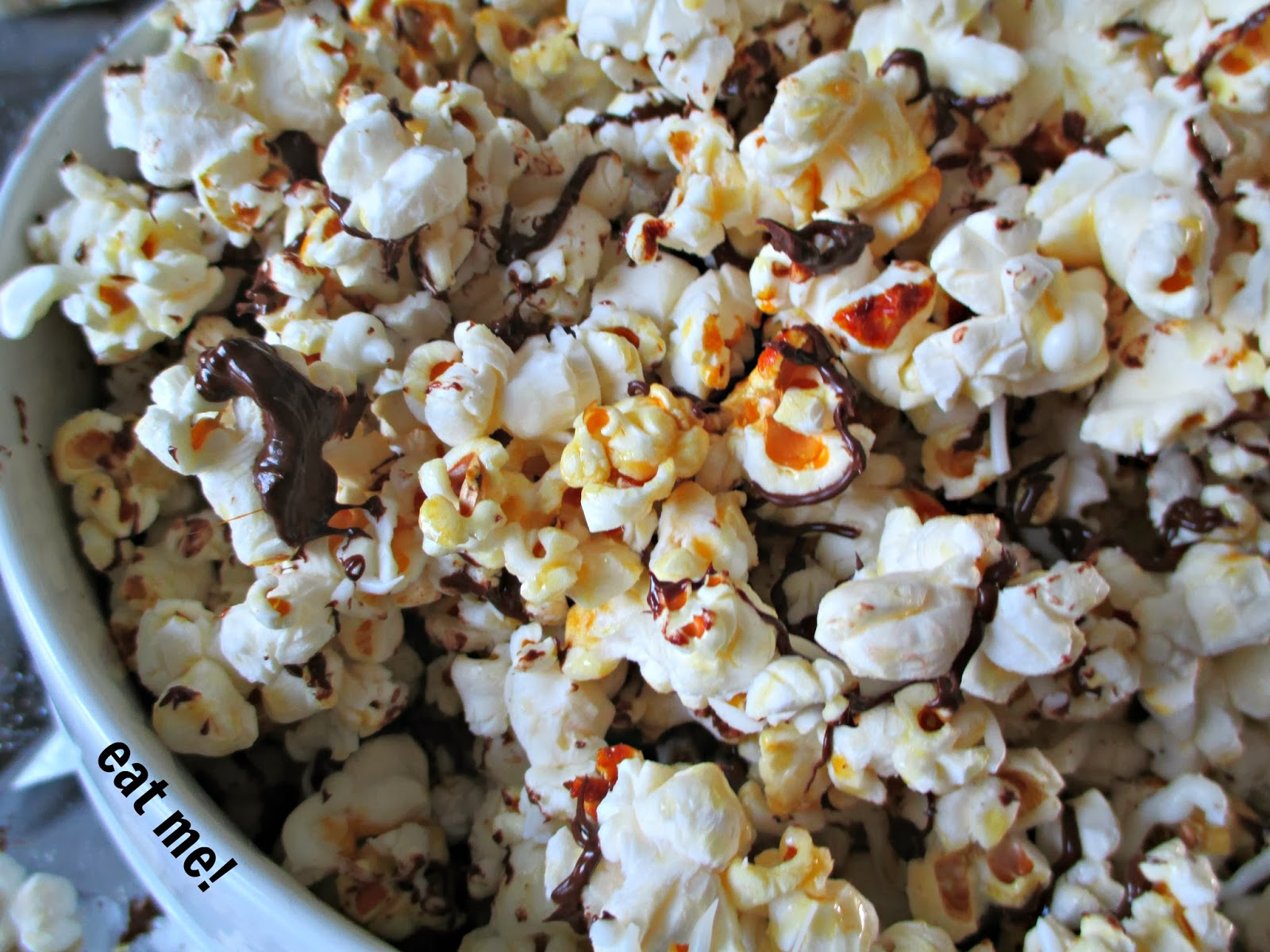 Black and White Popcorn (Copycat Recipe Popcorn Indiana)