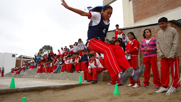 Demostrando aptitutes de atleta