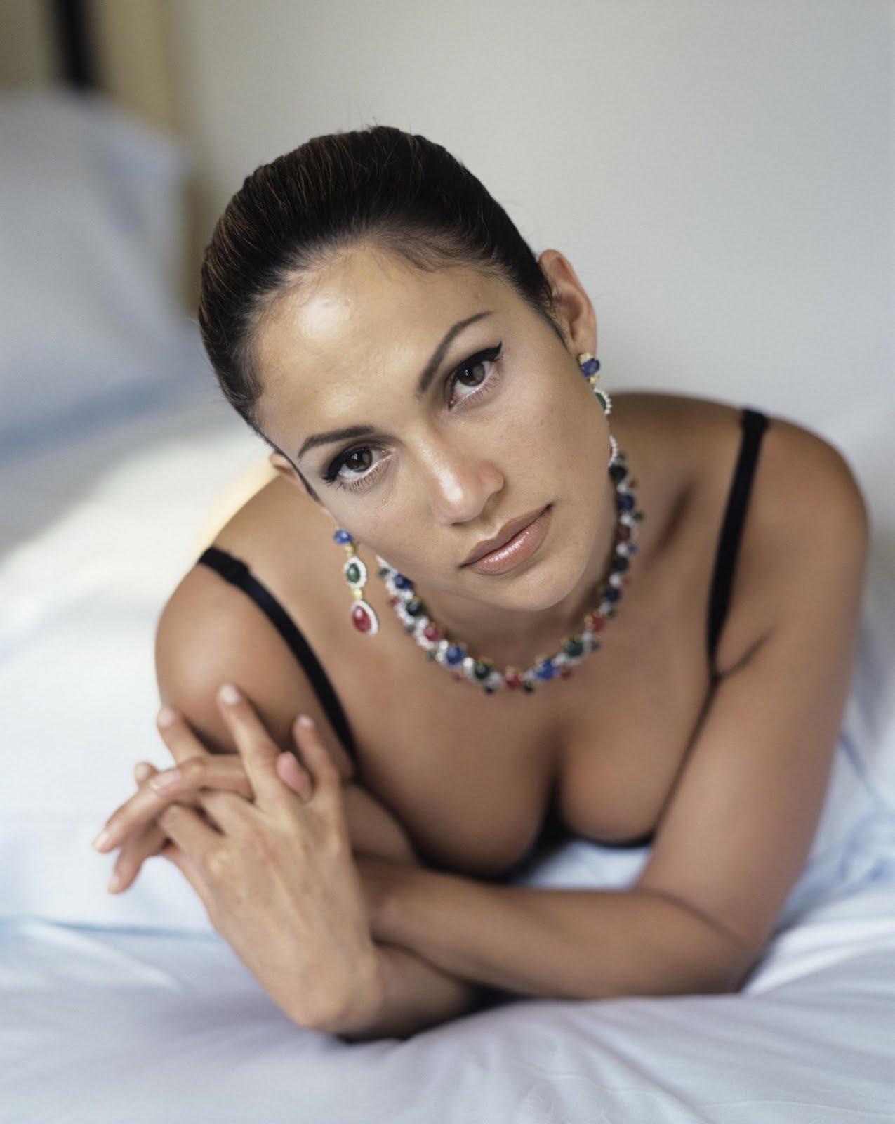 http://3.bp.blogspot.com/-jfLlcAE8R8Q/Te9xMXUxtlI/AAAAAAAAAIQ/N7cwA-j82kg/s1600/jennifer-lopez-1.jpg