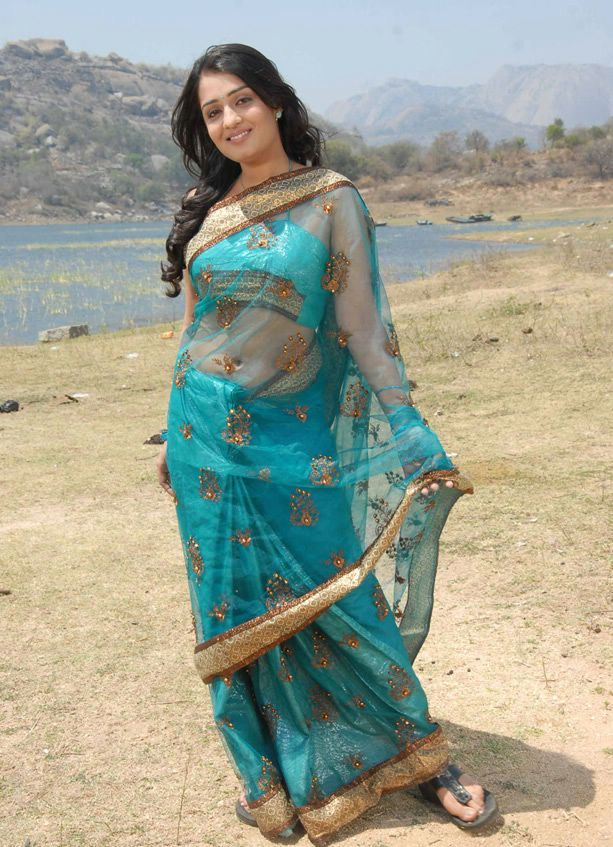 Nikitha  navel in saree - Nikitha Gowri Putra Blue Sari Stills