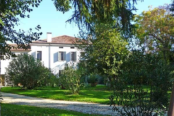 Roncoferraro-Villa Vanzini
