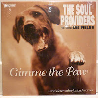 The Soul Providers & Lee Fields - Gimme The Paw