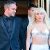 FOTOS HQ: Lady Gaga saliendo de su apartamento en New York - 11/12/15