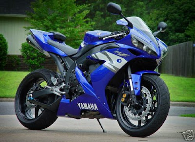 World Top Bikes  yamaha R1Fastest bikes
