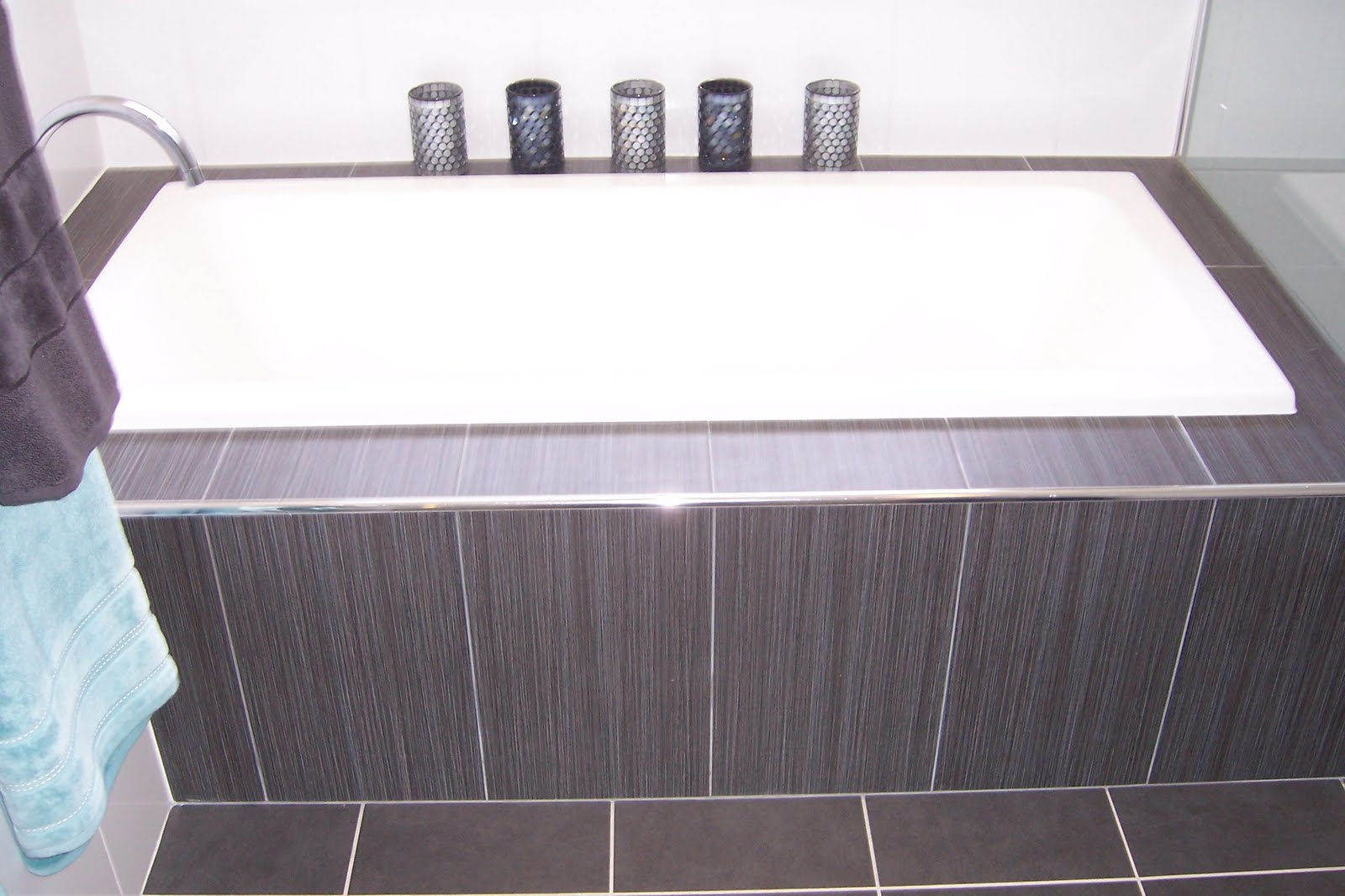 White Feature Tiles Bathroom : New Purple White Feature Tiles ...