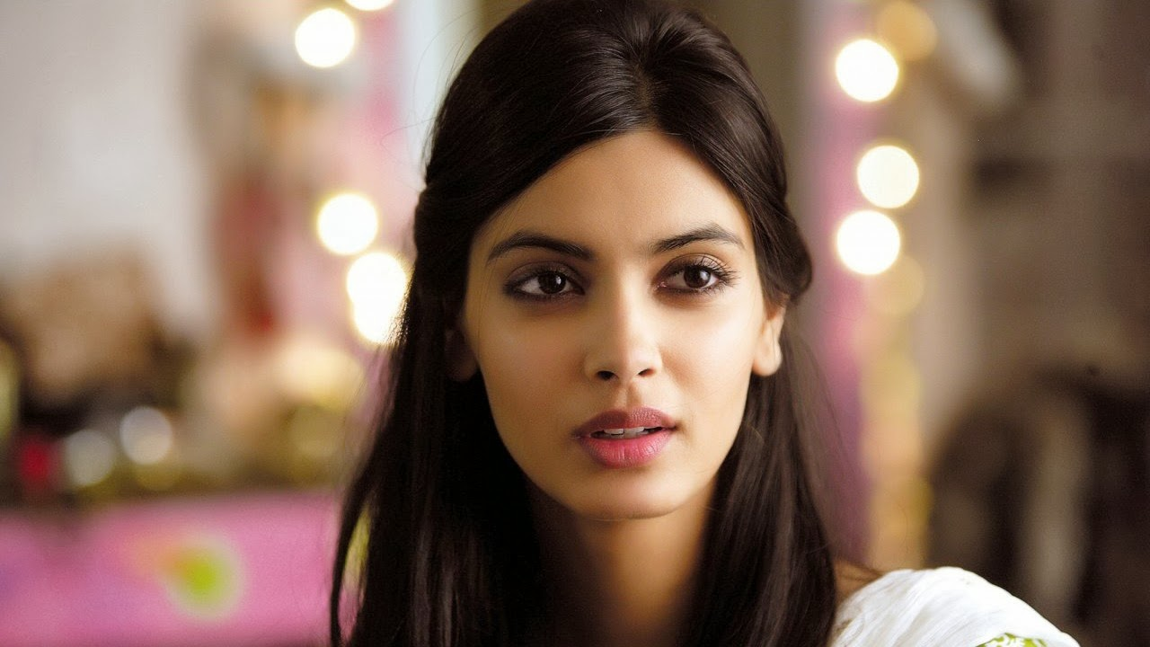 DIANA PENTY_WALLSTOWN_IN_BOLLYWOOD ACTRESS