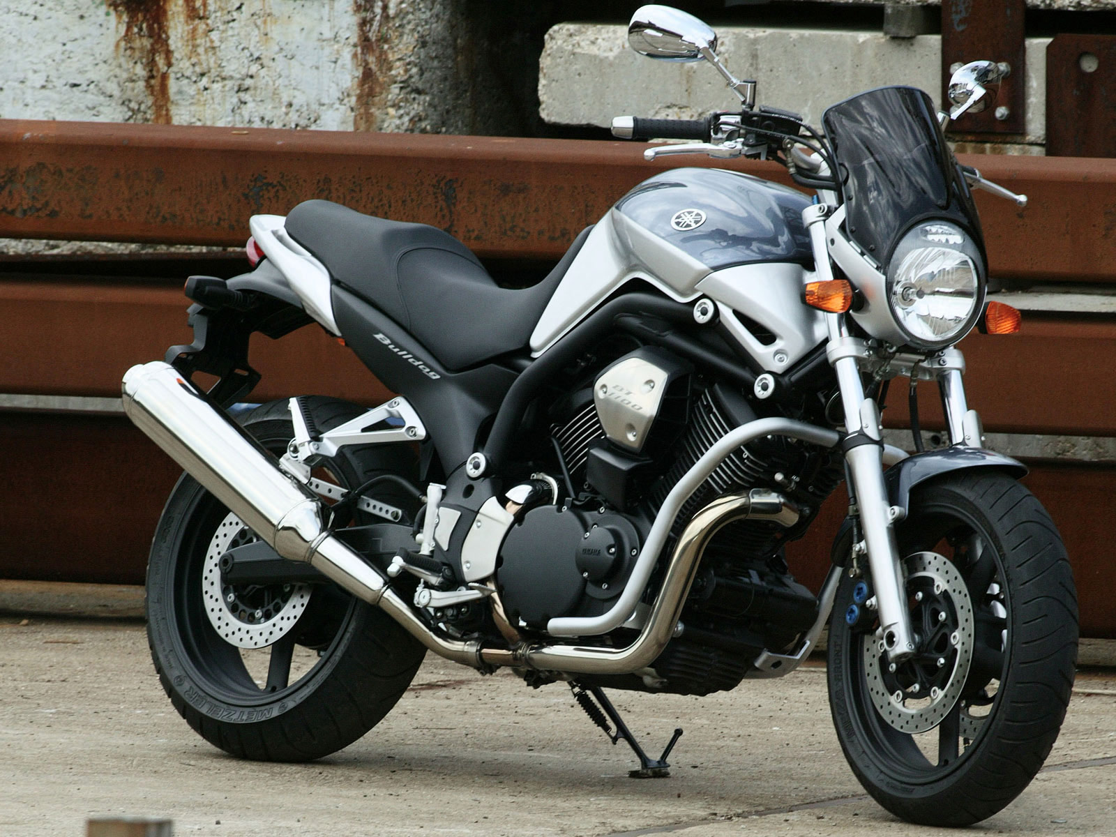 motorcycle insurance and wallpapers 2005 yamaha bt1100. Black Bedroom Furniture Sets. Home Design Ideas