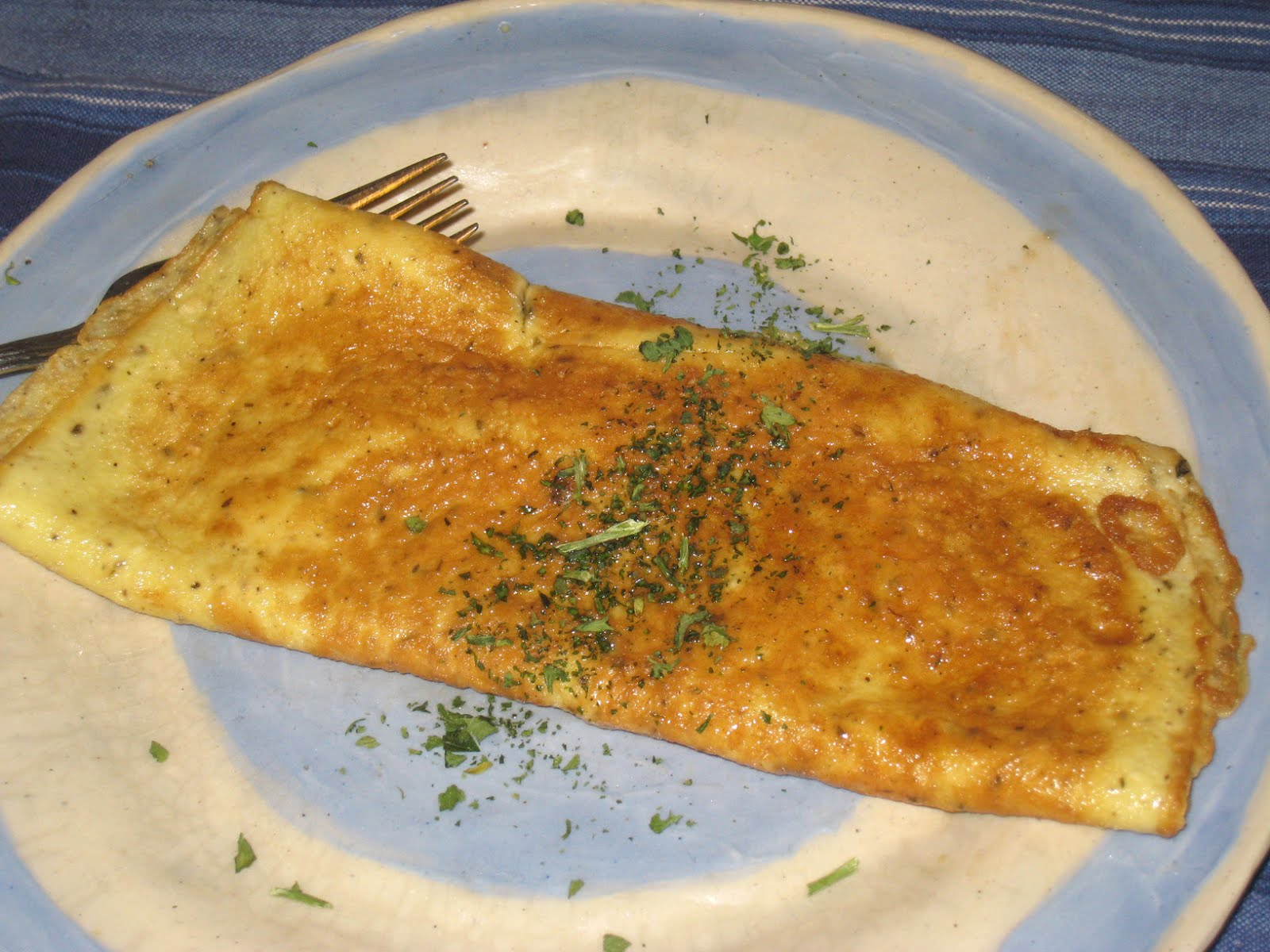 Cooking without a Net: Quick Cheese Omelette