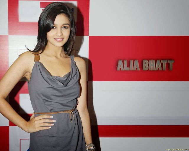 Alia+Bhatt+Hd+Wallpapers+Free+Download020
