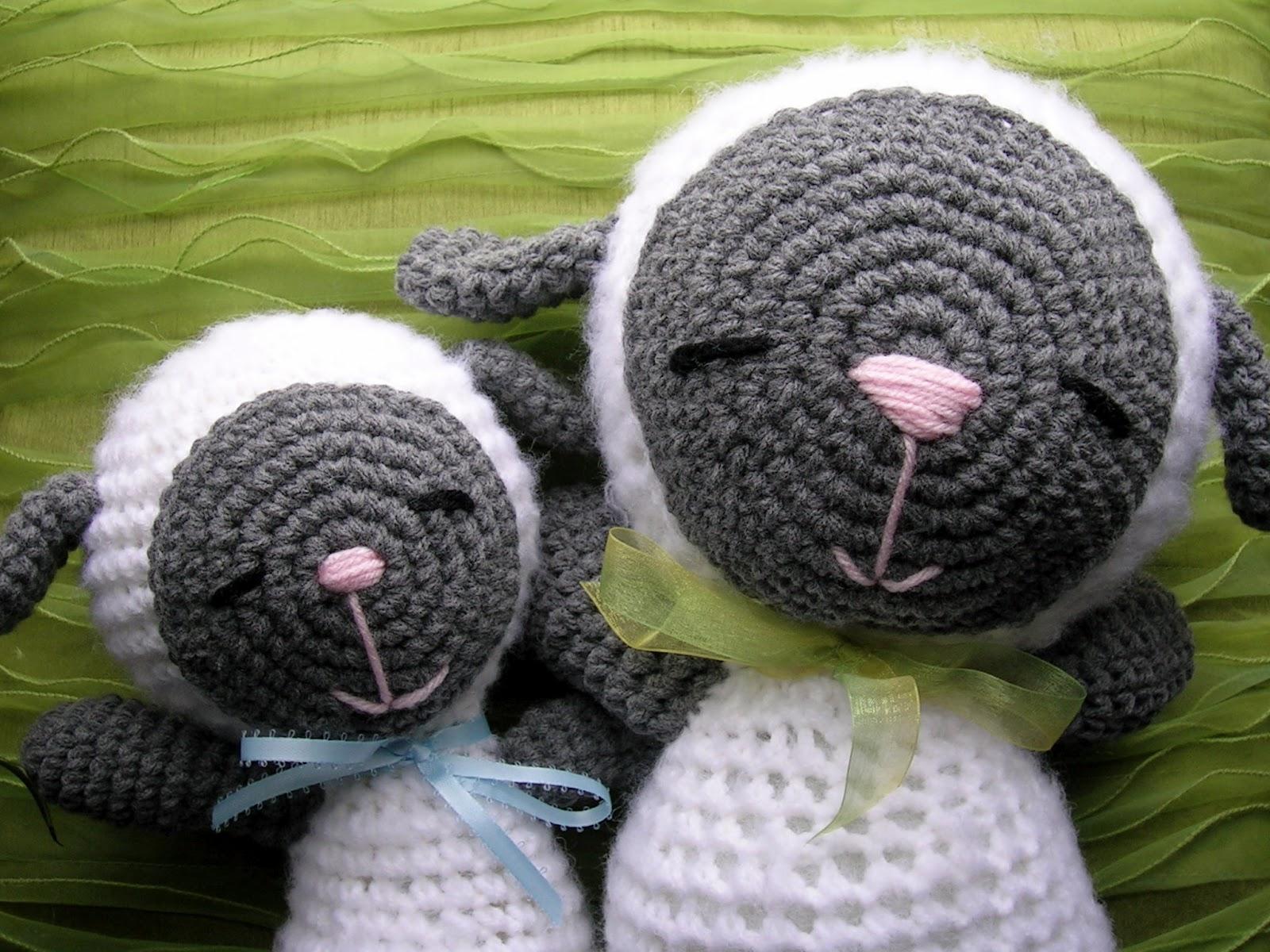 Amigurumi Sleeping Sheep : animal-friendly eating: sheepy heads