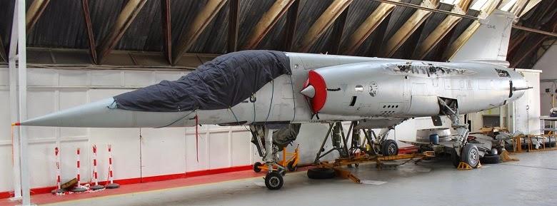 Mirage F-1 desmontado