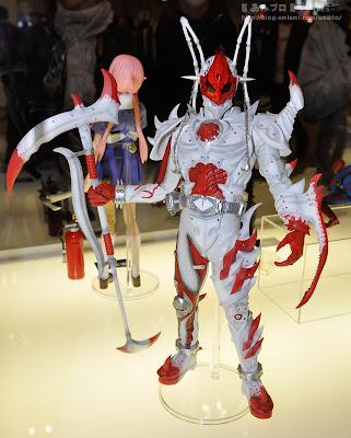 """Medicom RAH Kamen Rider Albino Joker Undead 12"""" figure"""