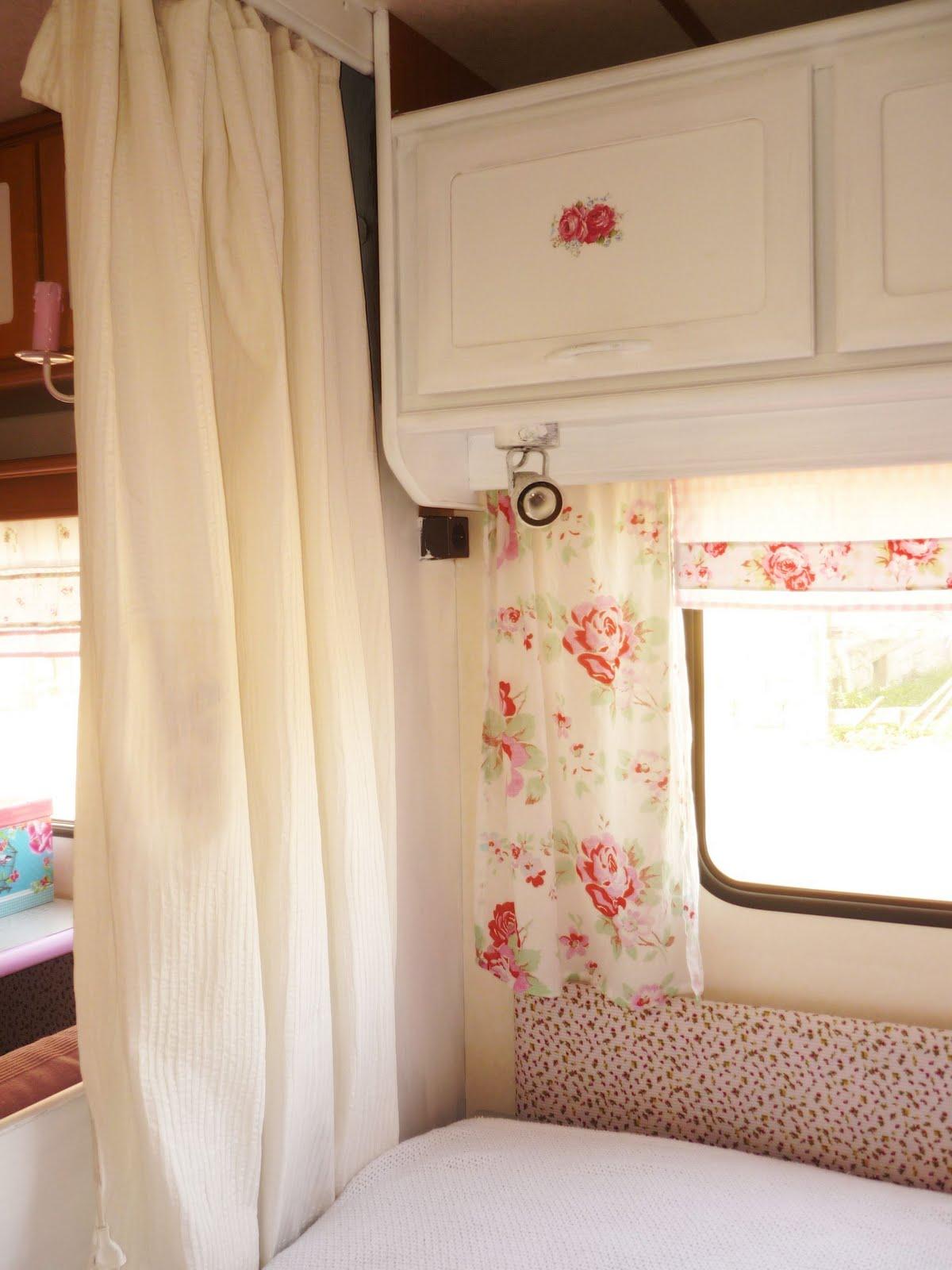 heavens ros cottage unser h usle auf 2 r dern. Black Bedroom Furniture Sets. Home Design Ideas