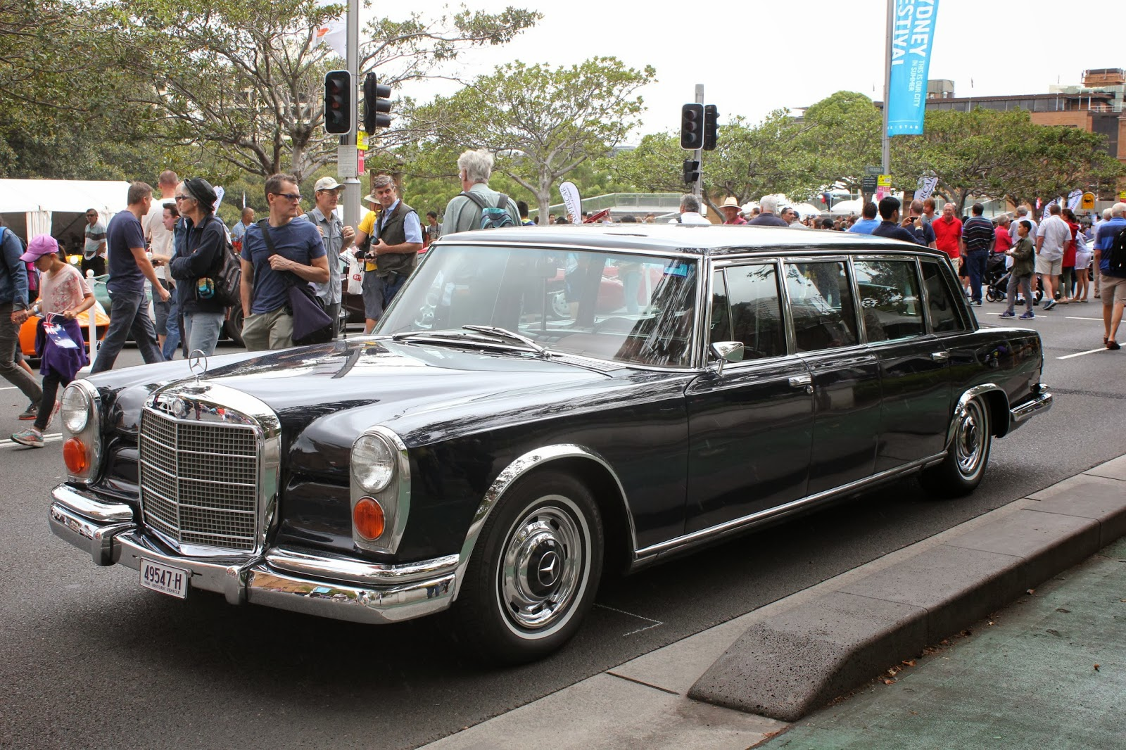 aussie old parked cars 1968 mercedes benz w100 600 pullman. Black Bedroom Furniture Sets. Home Design Ideas