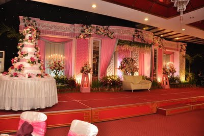 Wedding decoration di semarang choice image wedding dress dekorasi pernikahan di malang pelaminan wedding decoration menghadapi persaingan bisnis bunga khususnya toko bunga di malang junglespirit Image collections