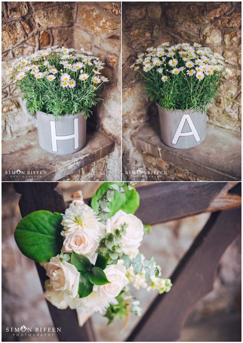 St Giles Church Bradford-on-Tone flowers at wedding
