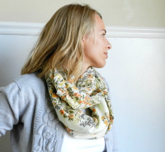 Floral Infinity Scarf made from a thrifted dress: growcreative.blogspot.com