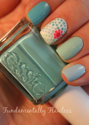 Fundamentally Flawless Ringspiration nails with Essie in the Cabana