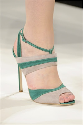 Carolina Herrera-aberturadelantera-elblogdepatricia-shoes-scarpe-chaussures-zapatos