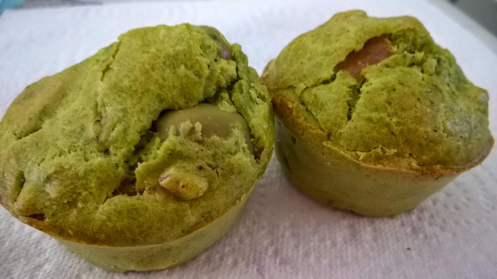 Muffins au pesto d'oseille, jambon et olive