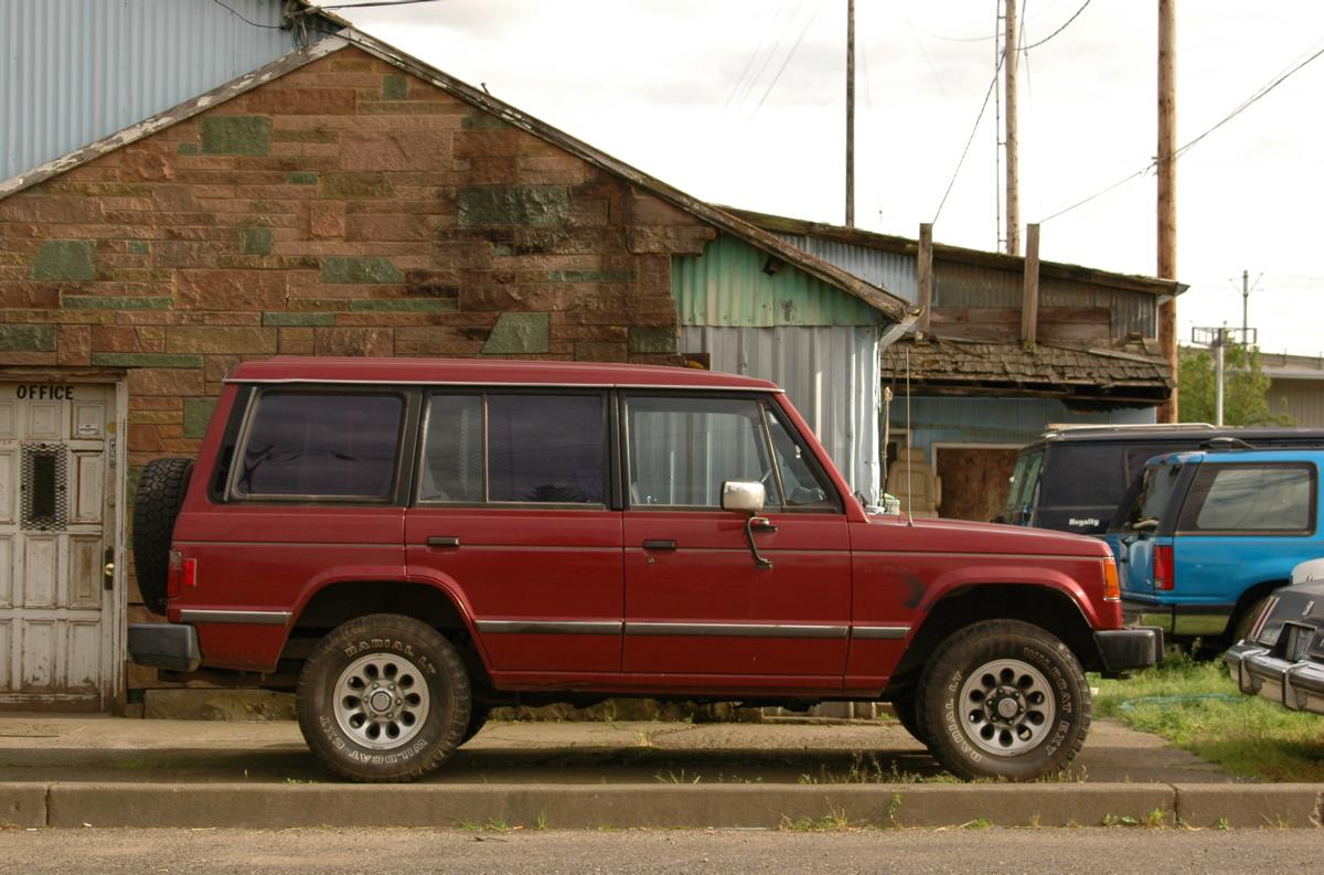Old Parked Cars 1989 Mitsubishi Montero