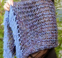 http://kniftyknitterweekly.blogspot.com/2014/04/rectangle-shawl.html