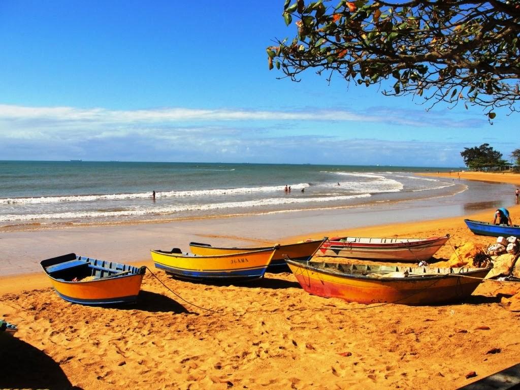 Praia de Manguinhos. Serra/ES