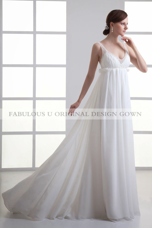 HOW TO CHOOSE BEACH WEDDING DRESSES