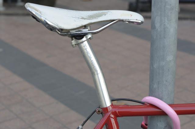 Swiss, single speed, tim Macauley, the Biketorialist, Melbourne, st Kilda st, bespoke custom, Australia, customisation, conversion, road bike, sram red, sram, Thomson, mavic, cool, the light monkey collective