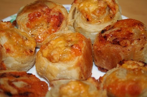 Best recipes in world: Cheesy Chicken rolls