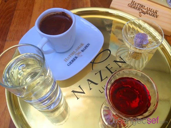 Türk kahvesi ve ahududu likörü resimleri görselleri