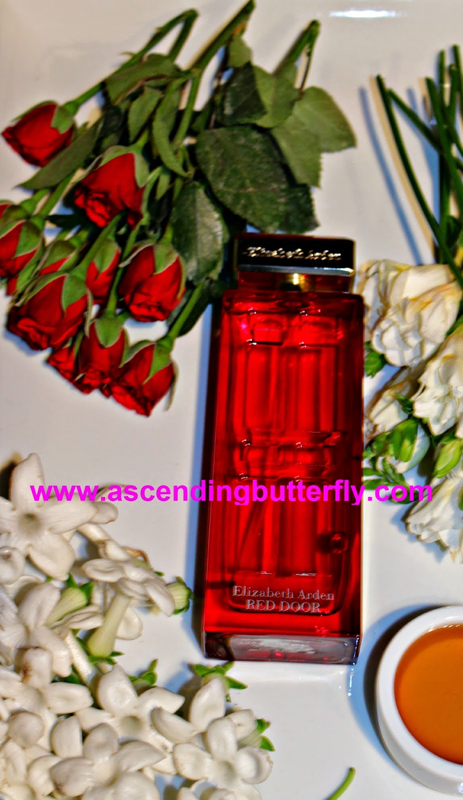 Celebrate the Season Elizabeth Arden Red Door Perfume #CelebrateInStyle, Fragrances
