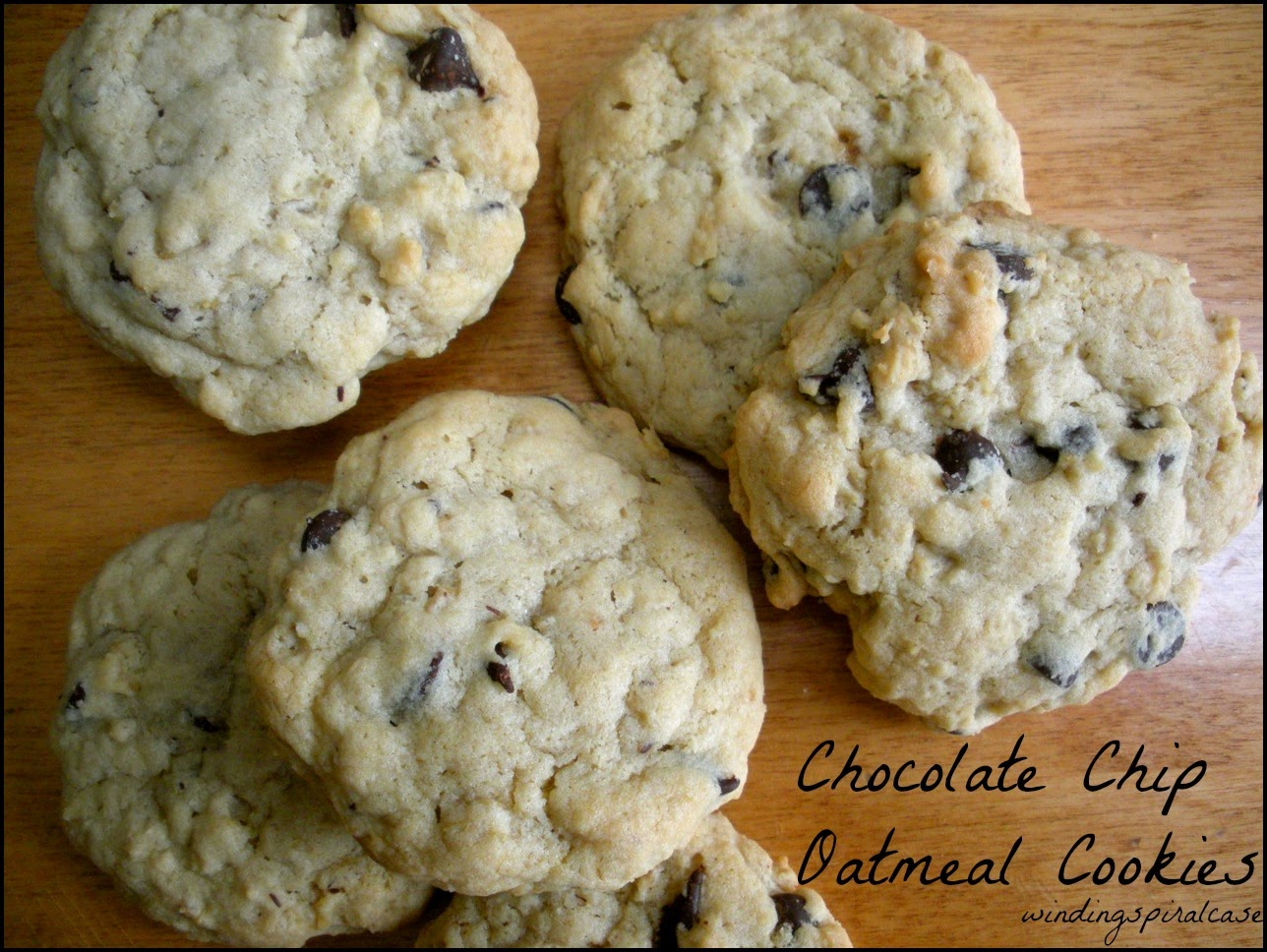 Best Chocolate Chip Oatmeal Cookie Recipe