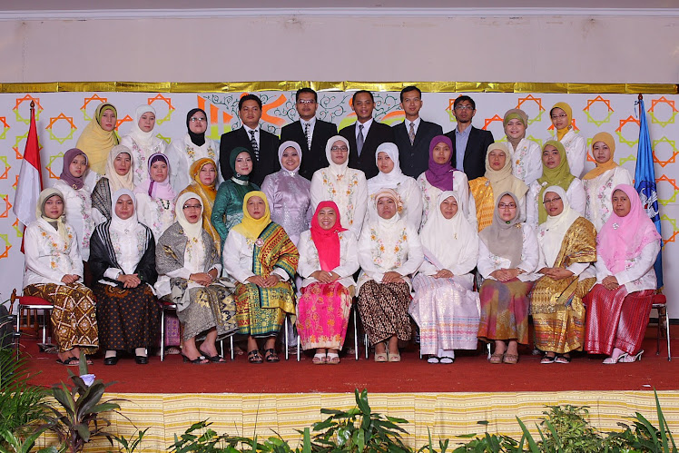 GRADUATION OF SDS MODEL ISLAMIC VILLAGE (SBI) 2010-2011 ACADEMIC YEAR